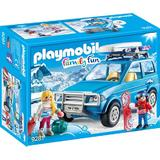 Playmobil Family Fun - Schiori si Masina de Teren