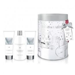 Set Cadou Baylis & Harding Jojoba, Silk & Almond Oil Round Tin Set - Crema de Dus 300ml, Gel de Dus 130ml, Lotiune de Maini si Corp 130ml