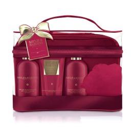 Set Cadou Baylis & Harding Midnight Fig & Pomegranate Luxury Bag Set - Gel de Dus pentru Par si Corp 300ml, Gel de Dus 300ml, Lotiune de Corp 200ml, Burete de Baie
