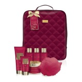 Set Cadou Baylis & Harding Midnight Fig & Pomegranate Backpack Set - Gel de Dus 200ml, Crema de Baie 100ml, Lapte de Baie 100ml, Gel de Dus 100ml, Unt de Corp 250ml, Crema de Maini 50ml, Burete de Baie
