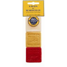 Set Cadou Sapun Natural de Marsilia 3x30g Iasomie Ulei de Argan Fructe Rosii Le Chatelard 1802 Voiaj Hotelier HoReCa