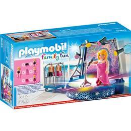 Playmobil Family Fun - Cantareata pe scena