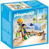 Playmobil City Life - Set constructie cu figurine Medic si copii 27 piese