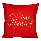 Perna decor Just Married, rosu, 40x40 cm - Happy Gifts