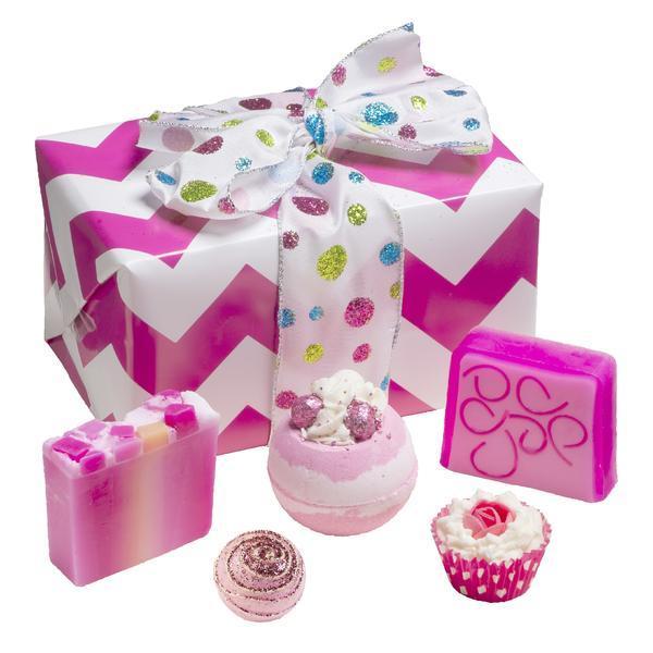 Set cadou Glitter Gift, Bomb Cosmetics, bile de baie si sapun solid, 600 g esteto.ro