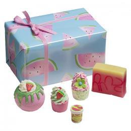 Set cadou Thanks a Melon, Bomb Cosmetics, bile de baie si sapun solid, 600 g de la esteto.ro