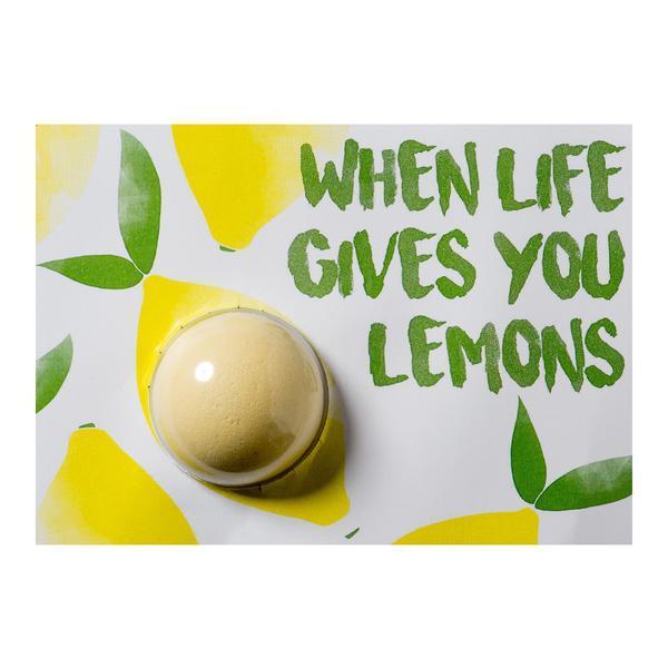 Set cadou Felicitare cu bila efervescenta de baie 40g + plic When Life Gives You Lemons, Bomb Cosmetics esteto.ro