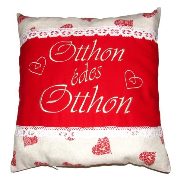 Perna brodata, Otthon édes otthon, design 2, inimi mandala-rosu, 40×40 cm, Happy Gifts