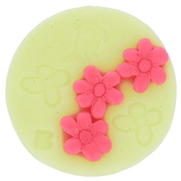 Ceara creativa parfumata Flower to the People arome florale Bomb Cosmetics 16 g imagine produs