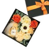 Set prosop de maini 25x25cm, 100% bumbac premium galben si flori de sapun, cutie cadou