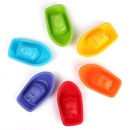Set 6 bărcuțe plutitoare în culorile curcubeului - Eurekakids