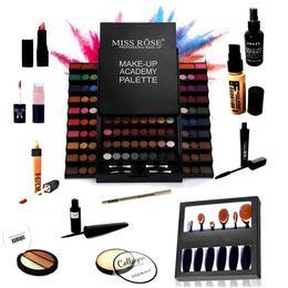 Kit de makeup cu trusa 130 de culori