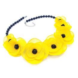 Colier elegant cu pietre semipretioase si flori, culoarea galben si negru, Yellow Candy, Zia Fashion